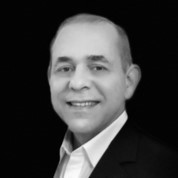 https://energy-blockchain.org/wp-content/uploads/2018/04/claudiolima.jpg